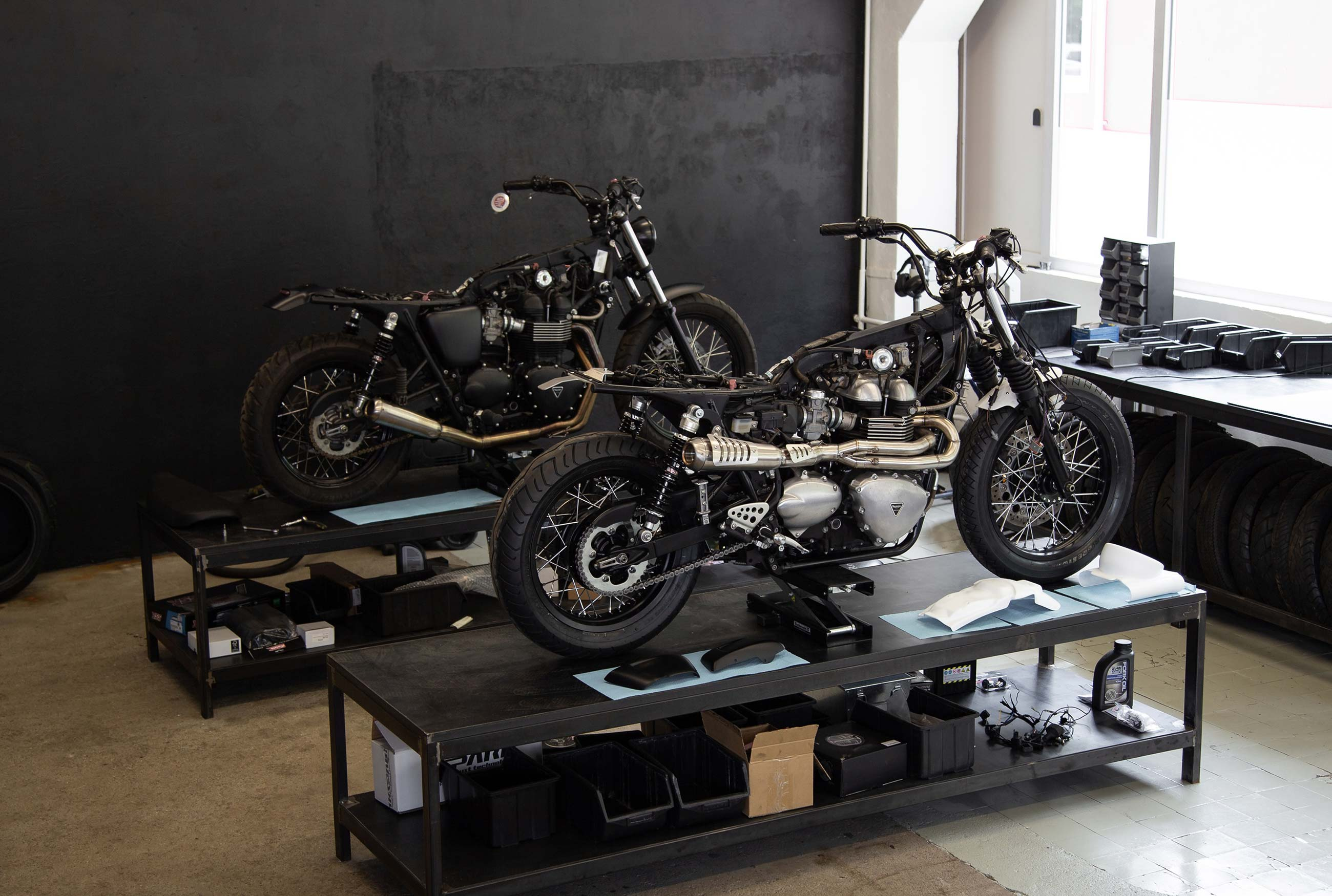 Custom motorcycles Triumph Bonneville and Thruxton by Differs